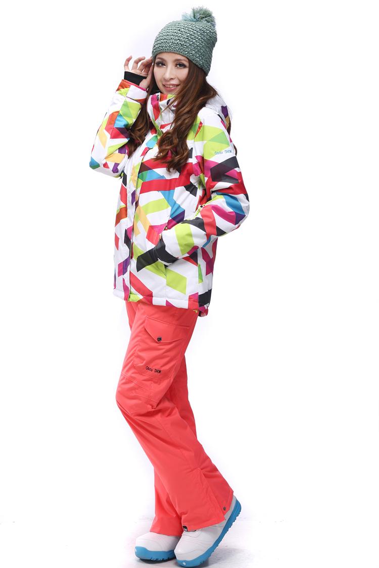 женский сноубордический костюм ROXY фото
