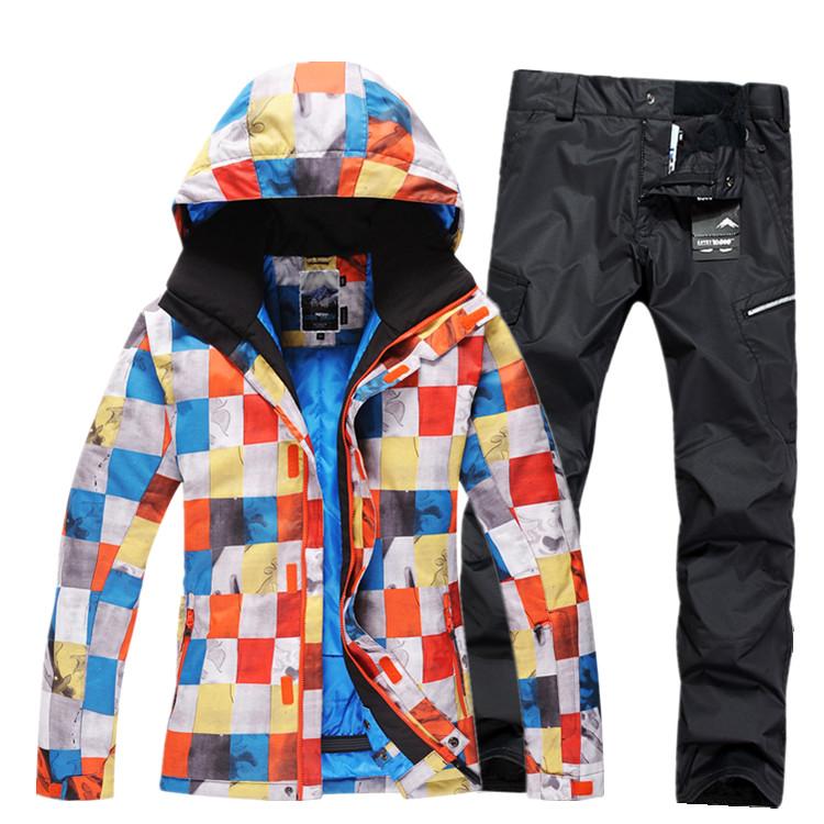 Мужской зимний теплый недорогой красивый горнолыжный и сноубордический костюм GSOU SNOW с доставкой, купить горнолыжный костюм в интернет магазине по недорогой цене, красивая и модная горнолыжная одежда, зимние спортивные костюмы распродажа, каталог качественных и хороших горнолыжных костюмов больших и маленьких размеров, лучшие горнолыжные костюмы фото, модные теплые, дышащие ветрозащитные сноубордические костюмы 2015 фото, стильные яркие горнолыжные костюмы от производителя с доставкой по россии 2016, заказать костюм для горнолыжного спорта на сайте, яркий утепленный дышащий водонепроницаемый ветрозащитный горнолыжный костюм из китая